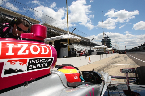 A drivers view of Pit Lane at Indianapolis ...