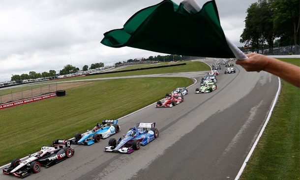 8-08-Green-Flag-At-MidOhio-Std