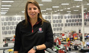 03-11-deSilvestro-Introduced-At-Andretti-Std