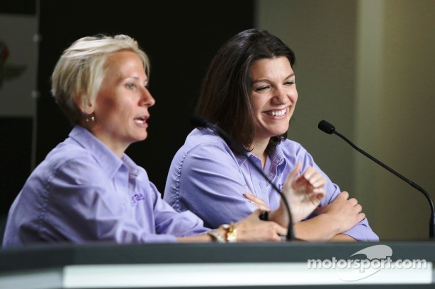 Beth Paretta and Katherine Legge at Indianapolis MotorSpeedway - Photo by Michael C. Johnson for motorsports.com