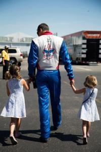 Justin Wilson and Girls