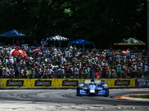 Tony Kanaan apexes Turn 5 during the KOHLER Grand Prix of Road America -- Photo by Shawn Gritzmacher